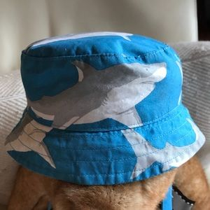 Like new janie and jack shark toddler hat